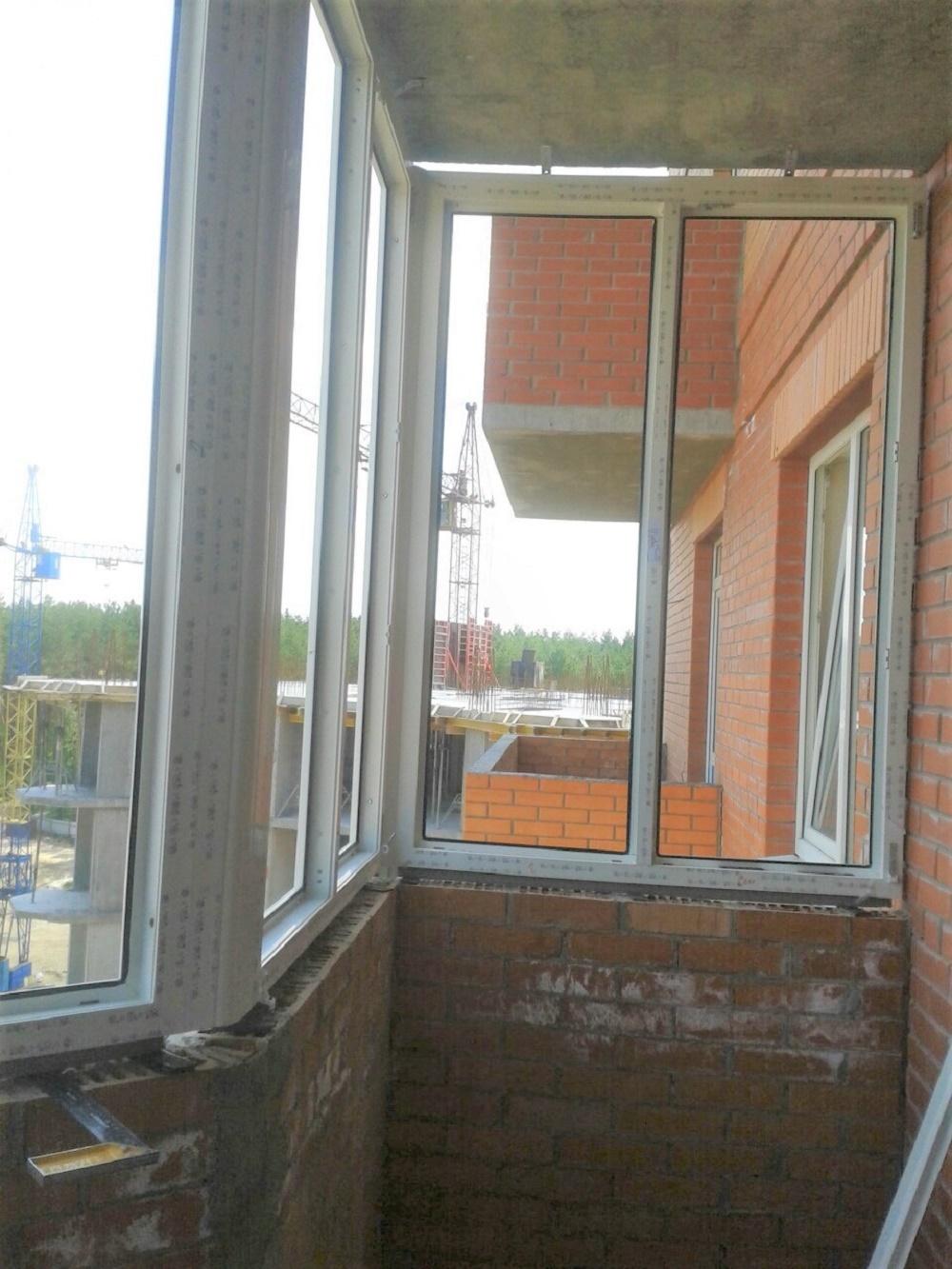 Эркерный балкон - остекление, монтаж в киеве и области.
